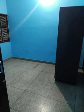 3 bhk in gated colony in mohyal colony sec 40