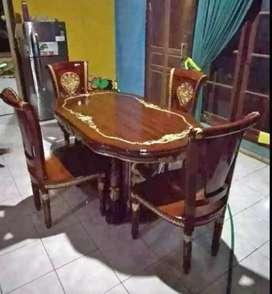 kursi makan kekinian