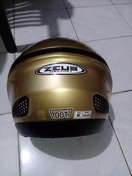 Helm Zeus 610 half face