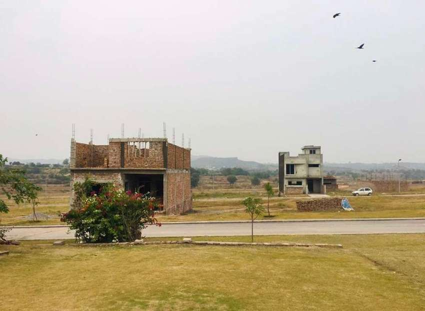 Hurry up book your plot in Islamabad Model Twn IMT before its too late 0