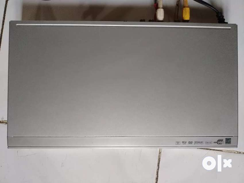 PHILIP'S DVD PLAYER AT RS 2000