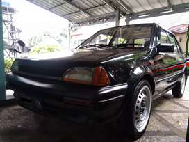Toyota Starlet EP 71 1.3 SE
