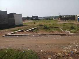 4.5 marla plot for sale in fateh Jang city.