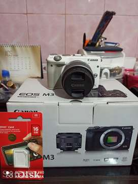 Canon EOS M3 EF-M15-45 IS ITM Kit