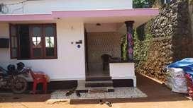 Very good condition.nissan site 5 cent near mankavu