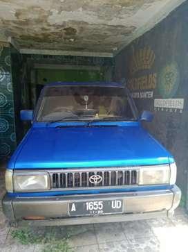 Mobil toyota kijang Jantan