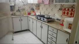 3 bed plus d/d 2nd floor corner flat