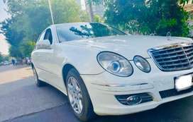 Mercedes-Benz E-Class 2006 Diesel in showroom condition