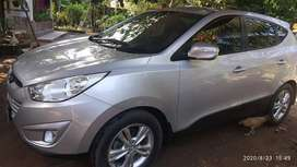 Hyundai TUCSON MATIC super istimewa total mulus .