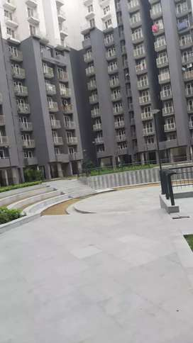 2 Bhk Flat in Well maintain society