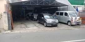 Rumah Usaha/Showroom di Cipinang Jaya, Jakarta Timur