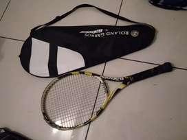 Babolat tennis racket with 2 balls free
