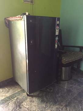 Gogrej refrigirator in good condition