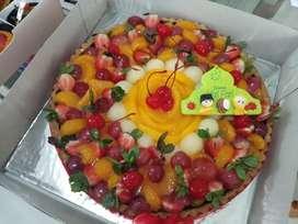 Fruit Pie dengan topping buah berlimpah