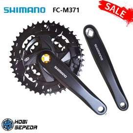 CrankSet Sepeda MTB SHIMANO ALTUS FC-M371 3 Speed