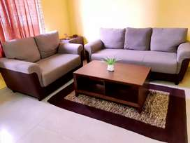 3+2 seater sofa set with centre table