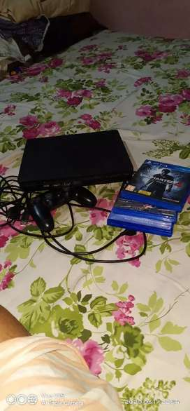 PS 4 500 mb with 3 cds