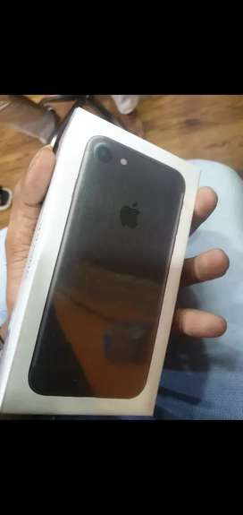 Apple iPhone 7 128 GB new seal pack original only