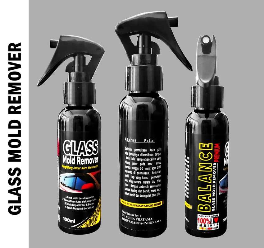BERSIHKAN Jamur Kaca di motor atau mobil pakai GLASS MOLD REMOVER