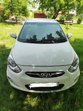 Hyundai Verna Automatic. 2011 Diesel 69000 Km Driven