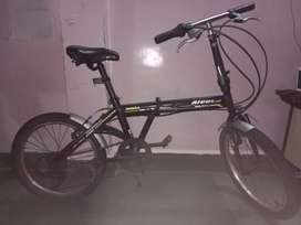 Foleble cycle, wheel size 20 , adult cycle, 1year old, important cycle
