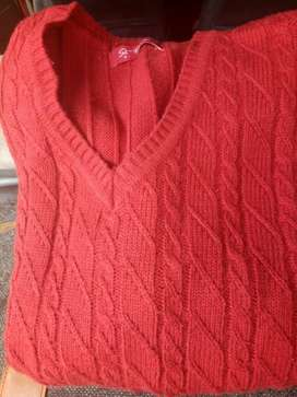Red Cable-knit V-neck full Sweater, slightly used