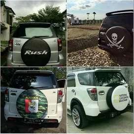 Cover/Sarung Ban Daihatsu ROCKY/Rush/Terios/Vitara/pajero baru HematTe