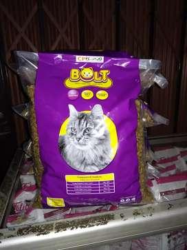 Pakan kucing bolt 1kg
