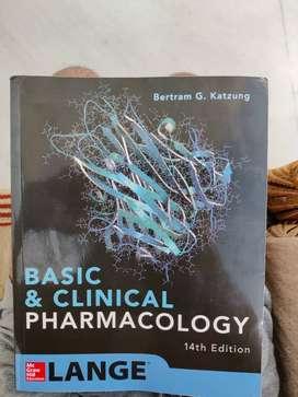 BASIC AND CLINICAL PHARMACOLOGY KATZUNG 14 EDITION2500