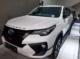 Toyota Fortuner VRZ TRD AT Putih Mutiara 2018 Istimewa
