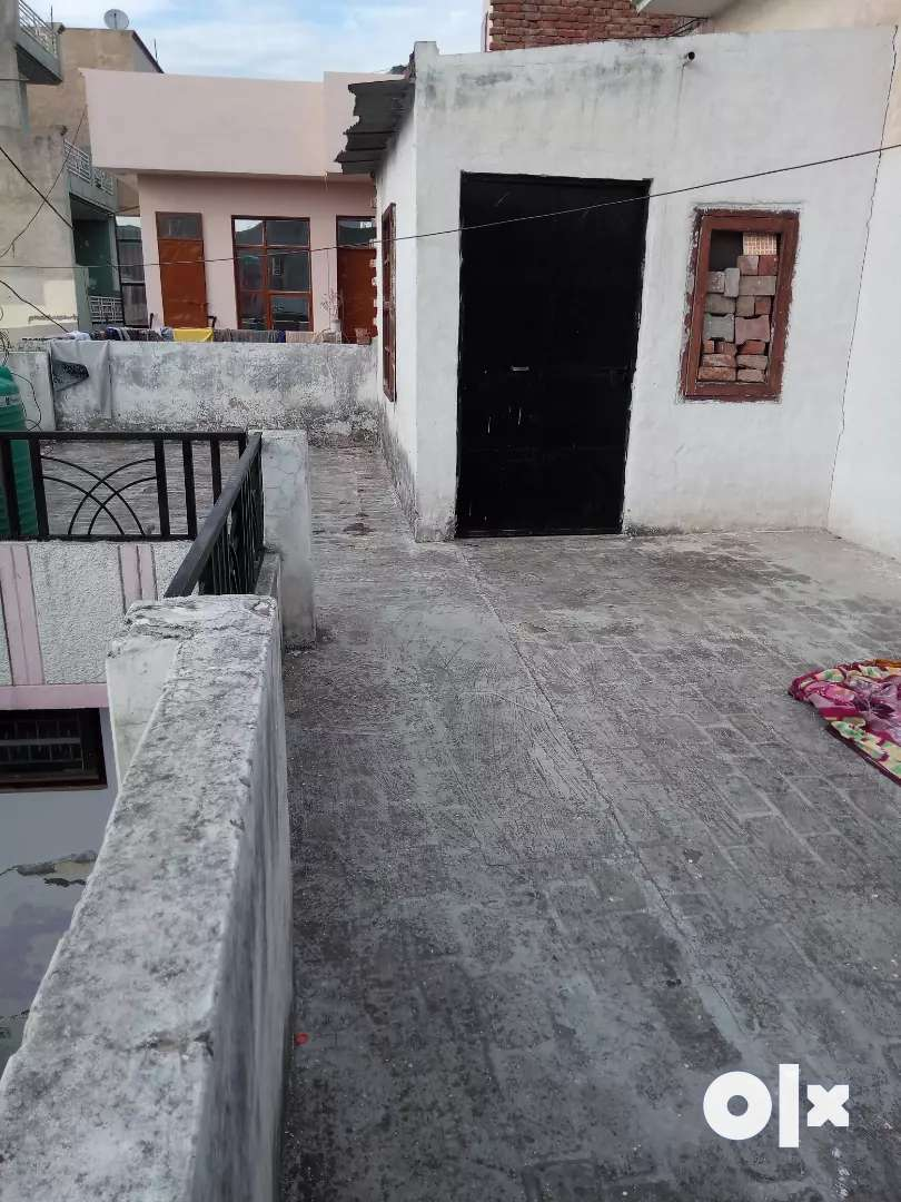 2 bhk ready to move house 0