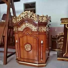Mimbar podium masjid ukiir bunga