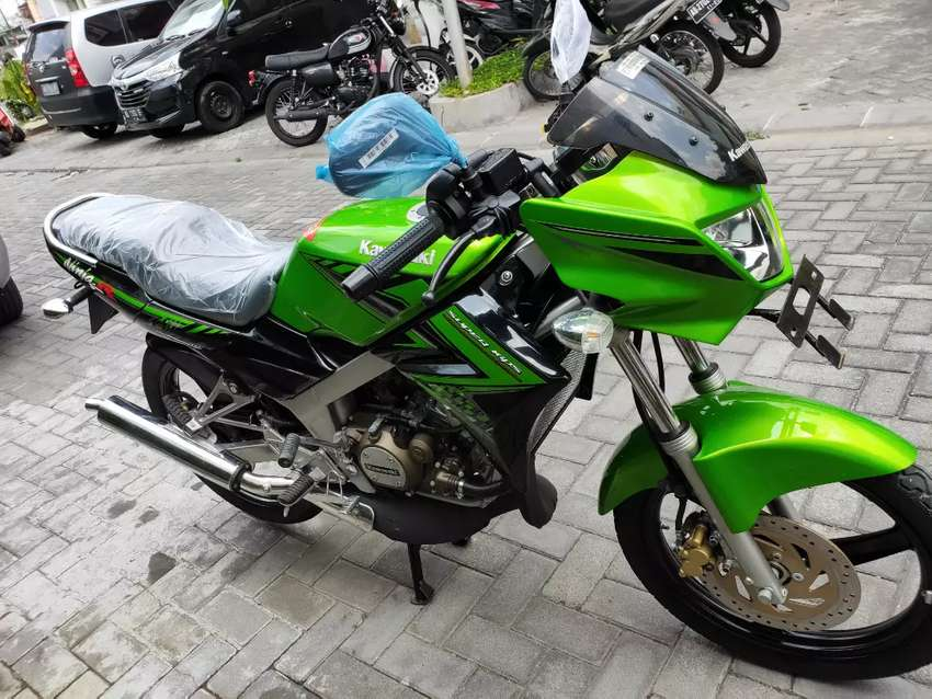 Kawasaki Ninja 150 R 2015 Gress Like New. Super Antik. KHUSUS KOLEKTOR 0