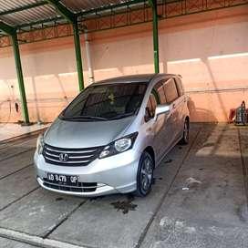 Honda FREED PSD Istimewa milik pribadi