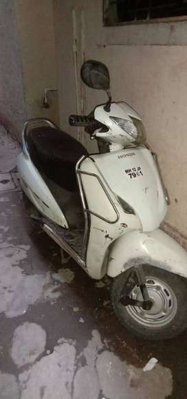 in pune very good condition white activa for sell