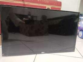 TV 32 inch, 40 inch
