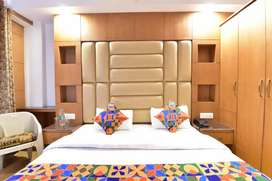 Reception female and housekeeping male staff required
