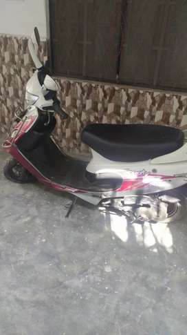 I am selling my scooty