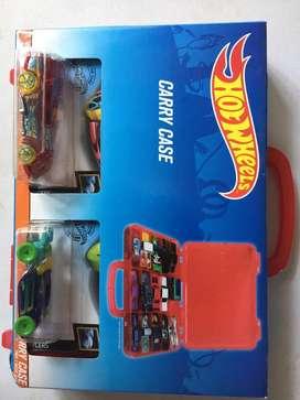 Mainan box hotwheels warna merah baru yah