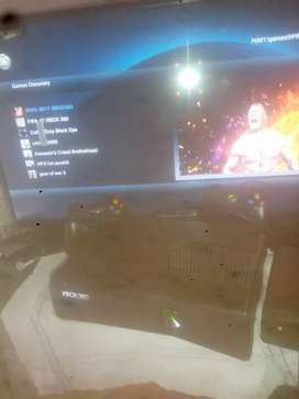Xbox 360 fully New Condition(350GB)+(4GB)