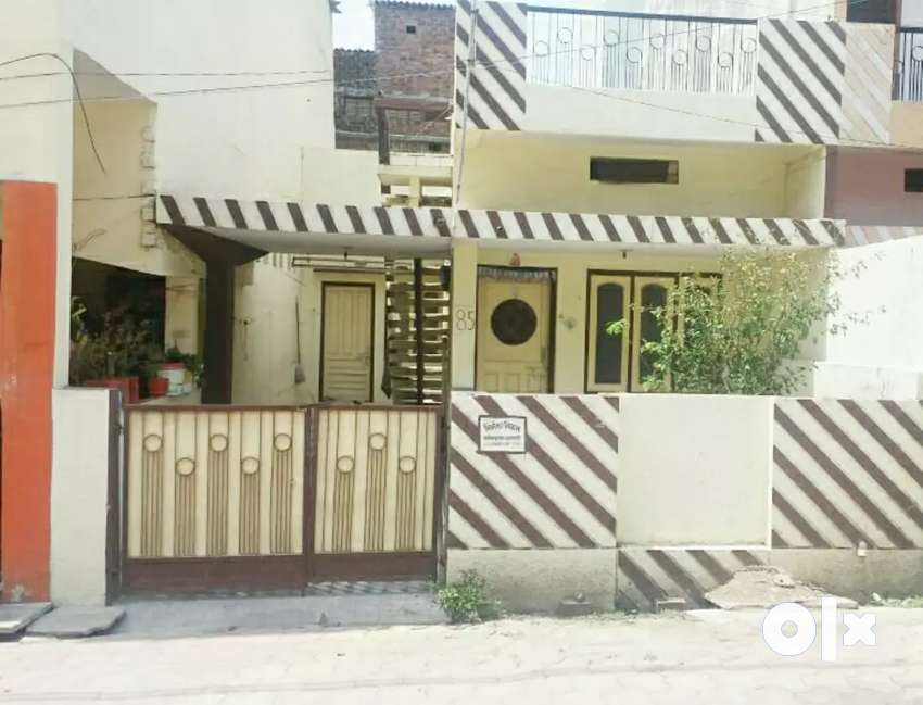 House for Sale in Good Locality 0