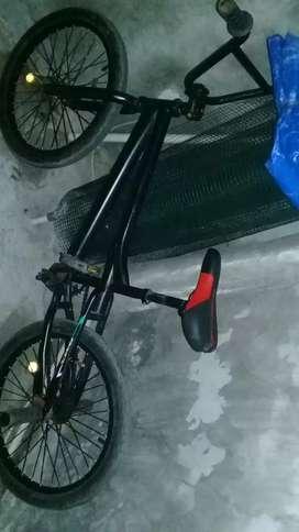 Di jual sepeda BMX exotic