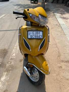 Honda Activa 5g in golden color well maintain vehicle 2018 model