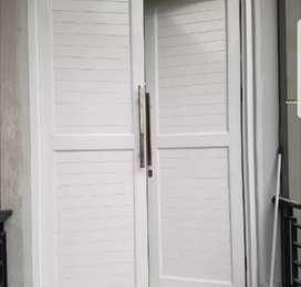 Model pintu aluminium