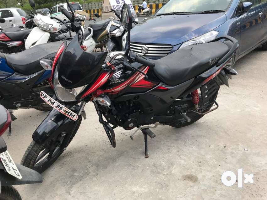 Only 4000 km run all document avable   Fix price 0