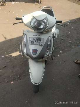 Only buyer contact me and good condition moped 2015