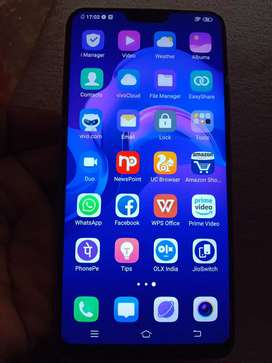 Vivo V9 gold 24mp 4GB ram 7month old