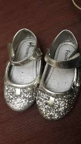 Sepatu anak preloved kids size 25 fladeo
