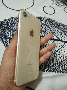 I phone 8 gold 64Gb