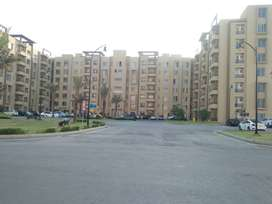 2 bed apartment available for sale in bahria town karachi